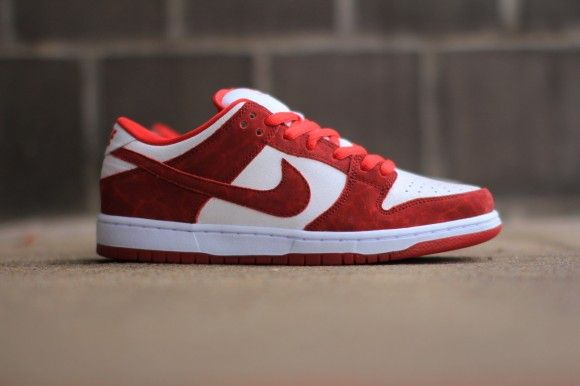 valentines day nike sb for sale