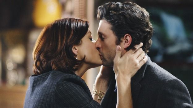 Grey's Anatomy Cast Members | Addison Derek Kiss Greys Anatomy Grey Anatomy's Derek and Addison ...