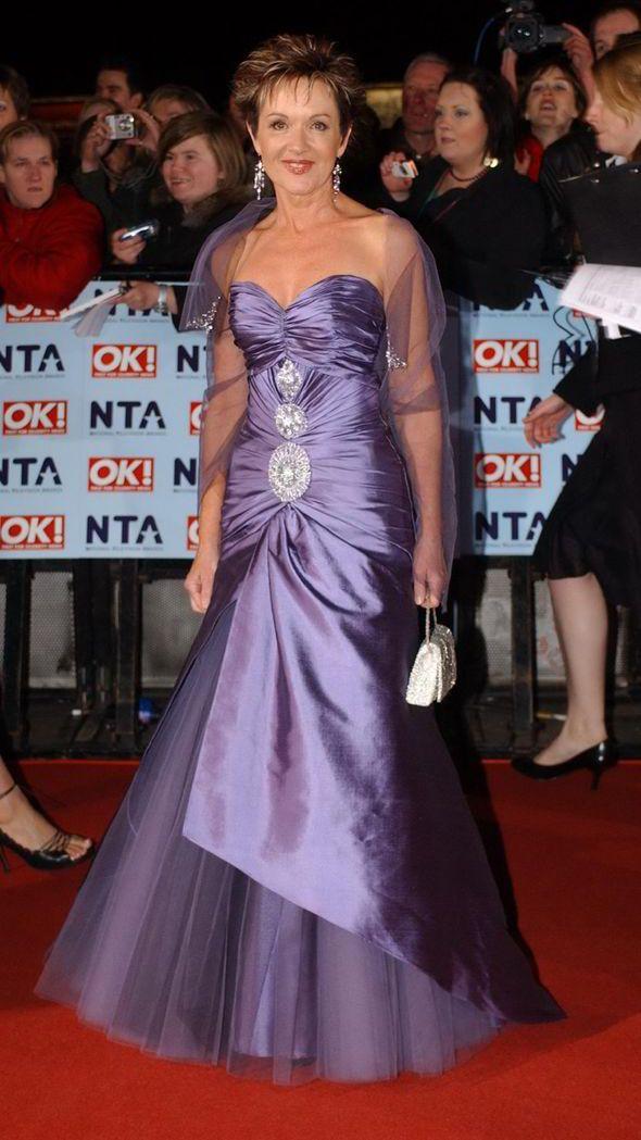 Jackie Woodburne Clears Up Susan Kennedy Sleeve Tattoo Myth Ahead Of Neighbours 30th Jackie Fashion Formal Dresses Long