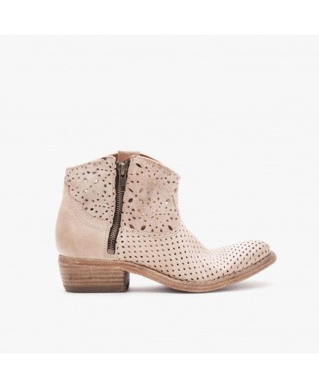 MEGAN / PERFORATED LEATHER / SAND