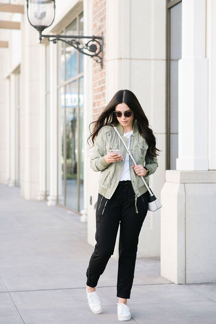 The Best Day to Night Looks for Moms // Dress Like a Mom // Evereve // ArmelleBlog.com // Fashion