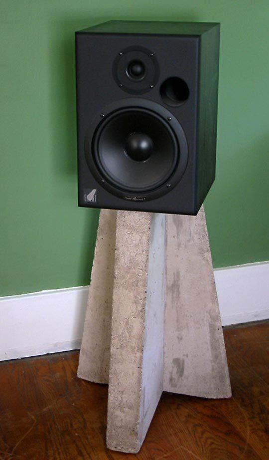 Flickr Finds: Concrete Speaker Stand