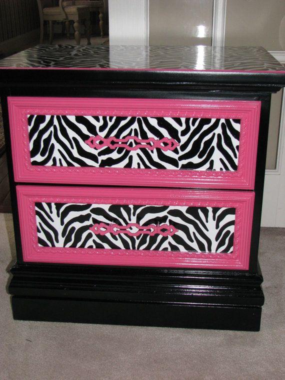 Best 25 pink zebra bedrooms ideas on pinterest for Pink zebra bedroom ideas