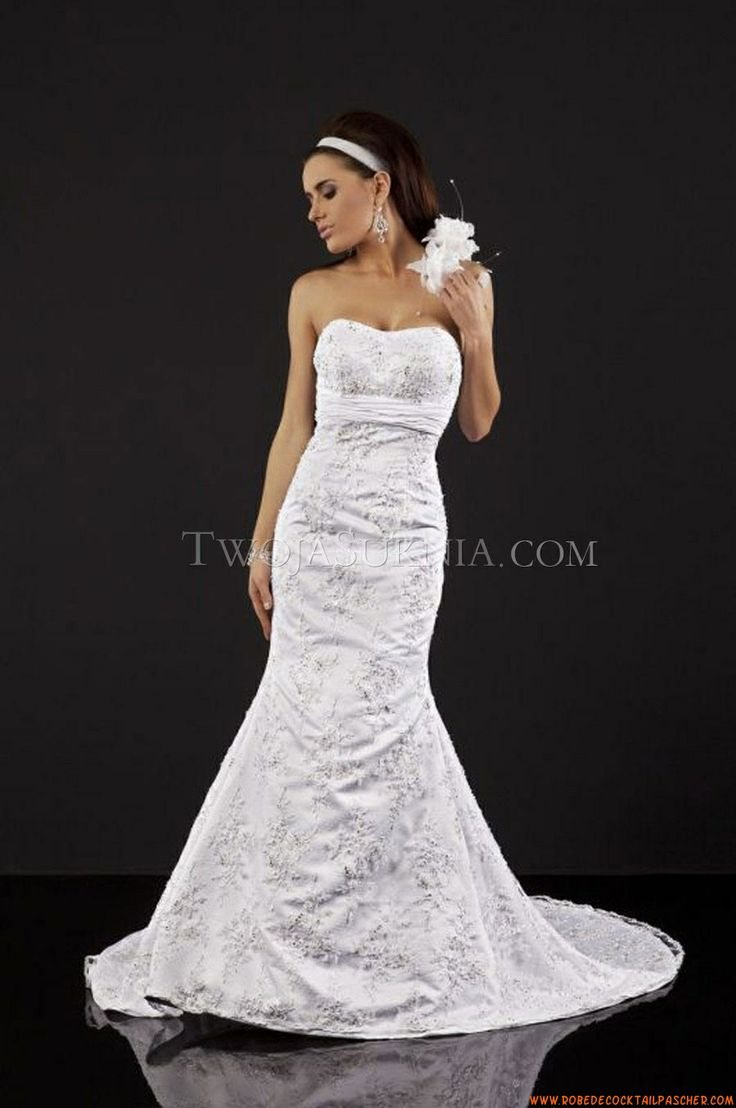 Cheap unique wedding dresses   best weddings images on Pinterest  Wedding dress Bridal gown