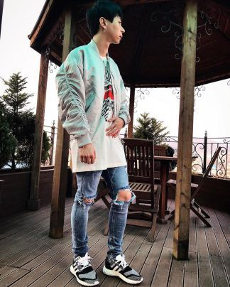 70 Best Japanese Streetwear Styles For Men That Will Look So Cool 2