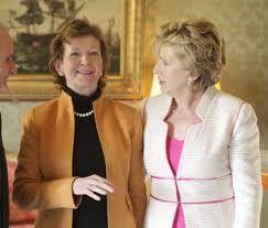Irlanda – O país teve duas presidentes no comando do país. A primeira foi Mary Robinson que ficou no poder entre 1990 e 1997. Em seguida, outra mulher assumiu o poder, Mary McAleese, reeleita em 2004.