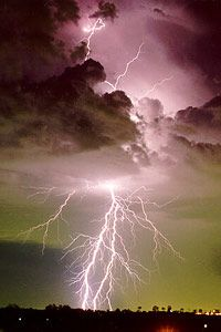 Lightning!: Thunderstorms, Lightning Strike, Sky, Beautiful, Pictures, Cloud, Lightning Storms, Flash Photography, Mothers Natural