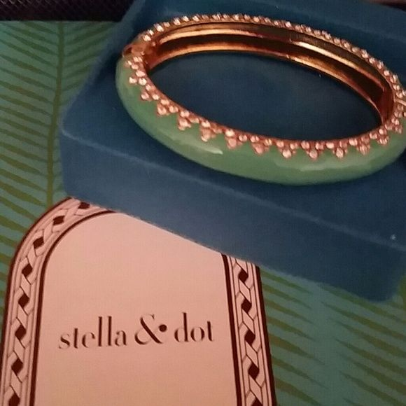 Stella and dot bracelet Perfect condition Stella & Dot Jewelry Bracelets