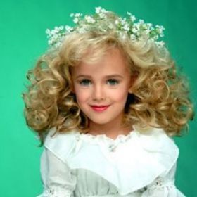 JonBenet Ramsey's Parents Almost Indicted By 1999 Grand Jury; Court Papers Unsealed [READ MORE: http://uinterview.com/news/jonbenet-ramseyrsquos-parents-almost-indicted-by-1999-grand-jury-court-papers-unsealed-9315] #jonbenetramsey #johnramsey #patsyramsey