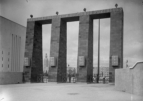 Exposição do Mundo Português, Lisboa, 1940 by Biblioteca de Arte-Fundação Calouste Gulbenkian, via Flickr