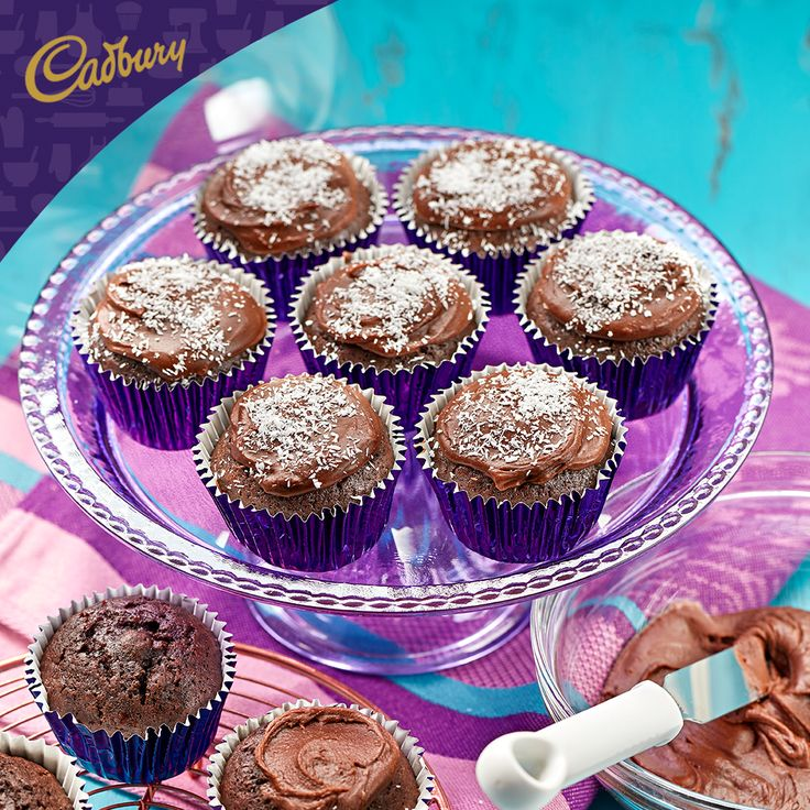 What's the first word that comes to mind when you hear 'Lamington Muffins'? Inspired by an Aussie favourite, these ones are oh so sweet and spongy! Bake a batch with the family and let me know what you think.  #bakeitcadbury #baking #CADBURYrecipes #chocolate #dessert #lamingtons