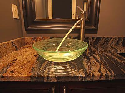 In geräumigen Bädern werden Granit Waschtische zum Hingucker und bilden den Mittelpunkt. Granit Waschtische lassen Ihr Badezimmer modern und stilvoll wirken.