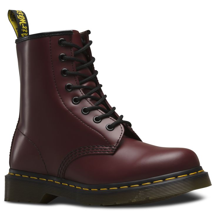 Dr Martens; rouge; bottes; chaussures; lacets