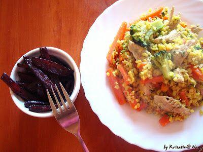 Kriszta konyhája- Sütni,főzni bárki tud!: Csirkés bulgurtál sült céklasalátával