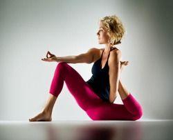 i tore a muscle just looking at it. one day <3Yoga Heavy, Interesting Yoga, Brilliant Yoga, Things Yoga, Yoga Poses, Yogi Dandasana, Kathryn Budig, Awesome Yoga, Johal Yoga