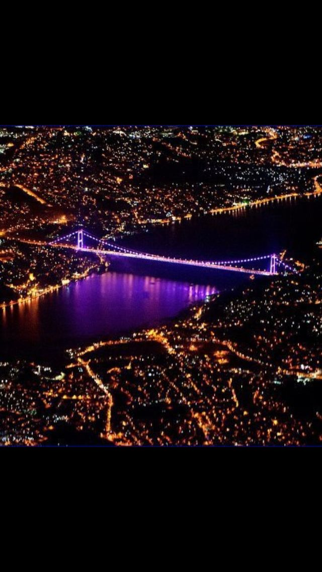 Only the city of #Istanbul has the #Bosphorus waterway that separates two continents, Asia and Europe.