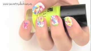 Diseños de uñas con efecto salpicados...buenisimo :D