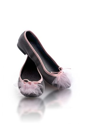 For the 60th anniversary of the Maison Repetto - Repetto seen by Catherine Deneuve