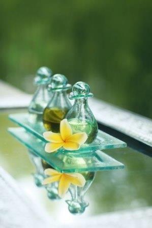 Aroma Essence massage Aroma Spa Retreat Sanur Bali