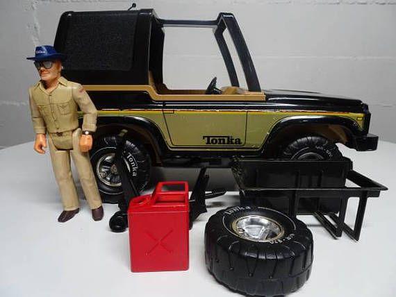 Vintage TONKA  Steel Bronco Blazer Jeep 4X4 Truck with