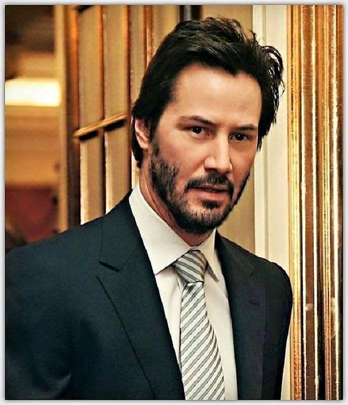 A gorgeous man.....