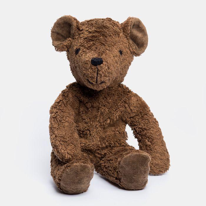 Ekologisk och miljövänlig mörkbrun teddybjörn - Finfint handgjort mjukdjur tillverkat av ekologisk bomull med fyllning av ull - från Senger Tierpuppen i KoKoBello Barnbutik Ekologisk Giftfri webbshop för dig & ditt barn.