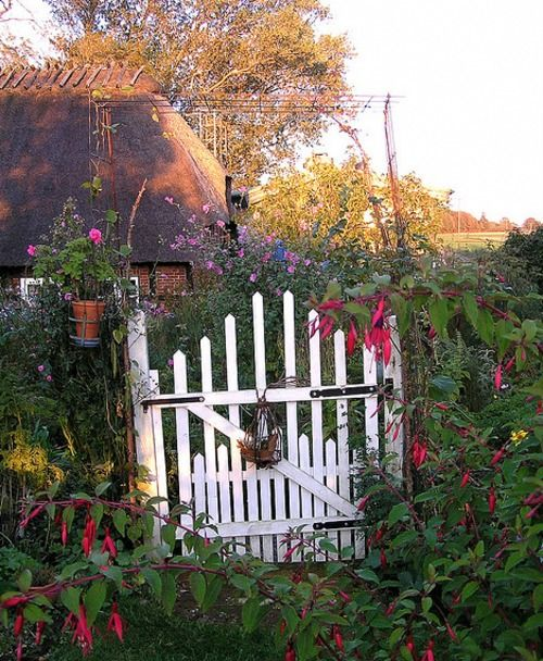 Home garden cottages anglais i want to live here for Cottage anglais