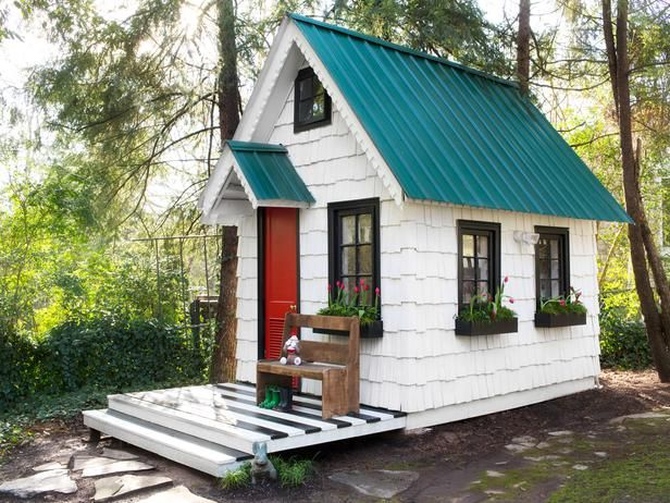 I want to live in this playhouse.Backyards Playhouses, Little House, Dresses Up, Plays House, Outdoor Kitchens, Outdoor Room, Outdoor Play, Gardens Sheds, Play Houses