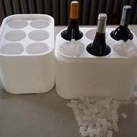 Doskonałe opakowanie styropianowe na sześć butelek wina. Do opakowania można wsypać suchy lód dzięki czemu wino przez długi czas będzie schodzone. Można również zamiast suchego lodu zastosować wkłady chłodzące, żelpaki. Więcej => https://www.facebook.com/media/set/?set=a.1396335870430943.1073741850.420625448001995&type=3