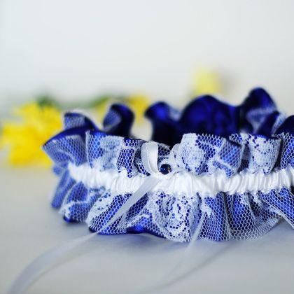 Свадебная подвязка синяя с белоснежным.