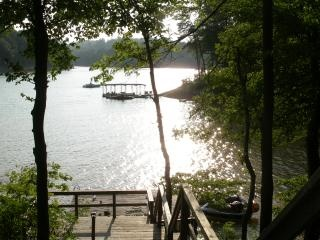Rental Cabin in Norris Lake, Tennessee