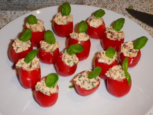 fyldte cherrytomater - færdige