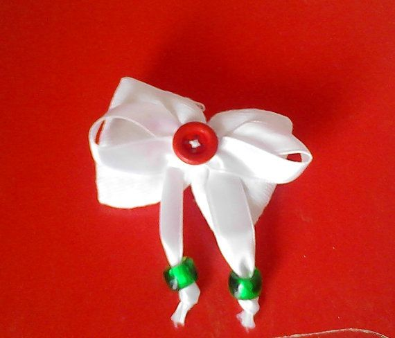 brooch-bow  from sweet white cotton fabric