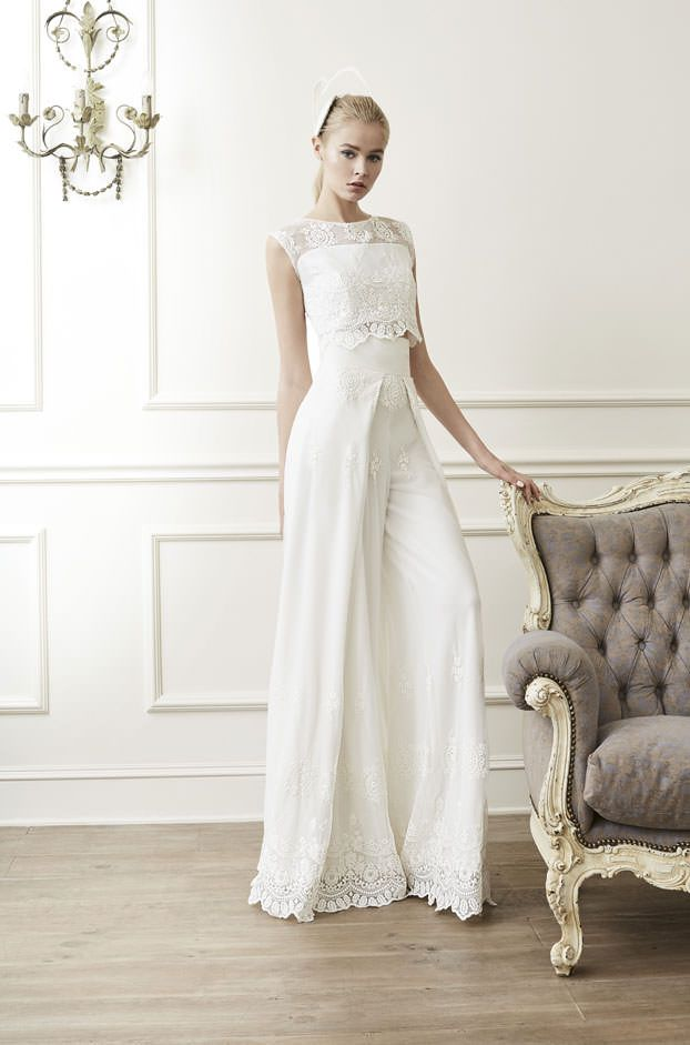 Brautkleider von Raimon Bundo - Model Adore