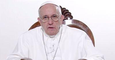 Czy dziecko może płakać w kościele na mszy? Wyjaśnia papież!