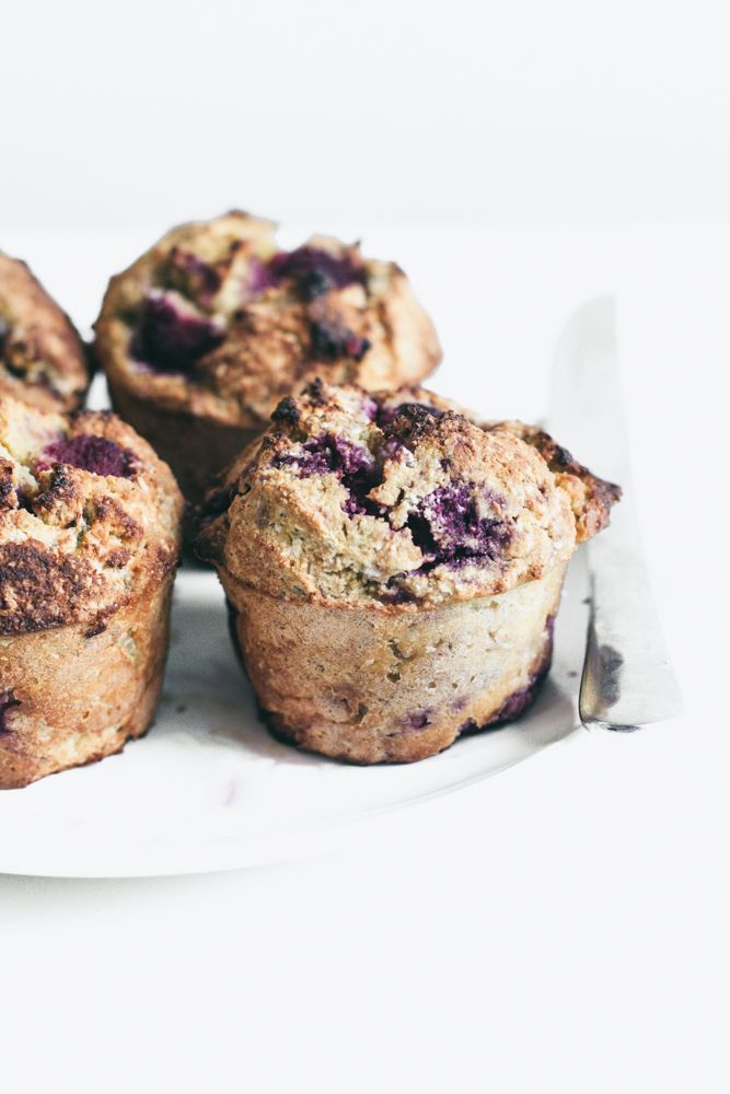 raspberry coconut oat muffins (sugar & wheat free)