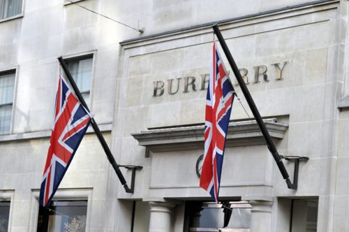 Burberry Flagship Store.Burberry Stores, London Town, Favorite Things, Burberry Brit, Fab Stores, Things British, London Stores, Fabulous Lifestyle, British Isle
