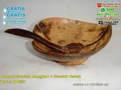 Tempat Sambal Mangkok Sendok Batok WA / TELP 0896 5070 8044 WA / TELP 0899 5255 896 BBM 5B 367 E9A EMAIL info@dani-craft.com  #tempatsambakunik #mangkukdaun #tempatsambalbagus #tempatsambaldansendokmurah #tempatsambalcantik #souvenirlucu #souvenirmurah #souvenirunik #TempatSambal #PabrikSambal #souvenirPernikahan