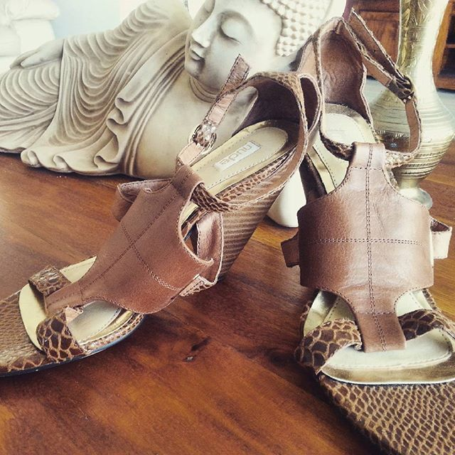 These Nude brand shoes were found in an op shop on the Gold Coast. We can help you find great fashion items too. Join our 'Preloved for Re-Love' Ladies Fashion Op Shop Tour with a Personal Stylist, Lauren on Saturday 26 September 2015. Book now. Find us on Facebook : Alla Moda Events or via our link https://www.facebook.com/allamodaevents?view_public_for=865139020249318