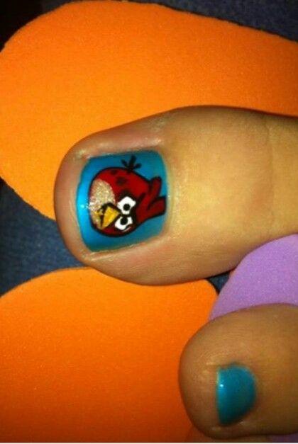 Angry bords nail art