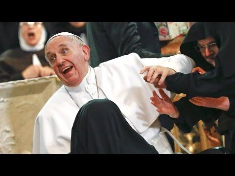 Los gestos del Papa Francisco - YouTube