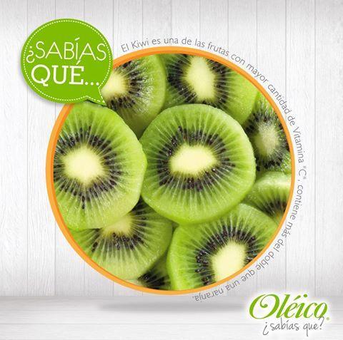 """El Kiwi es una de las frutas con mayor cantidad de Vitamina """"C"""", ya que contiene más del doble que una naranja.   #Fruta #Saludable"""