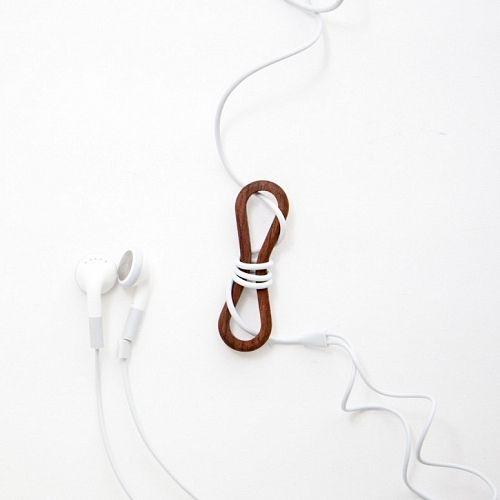 wrapwrap by Naoto Yoshida: Cords Wraps, Annoying Cords, Headphones Wraps, Ipod Cords, Headphones Cable, 14 Woods, Earbud Cords, Headphones Cords, Cords Wrappers