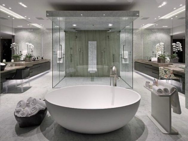 10 Extravagant Bathrooms Which Are Synonym For Luxury Elegance Luxury Master Bathrooms White Master Bathroom Modern Master Bathroom