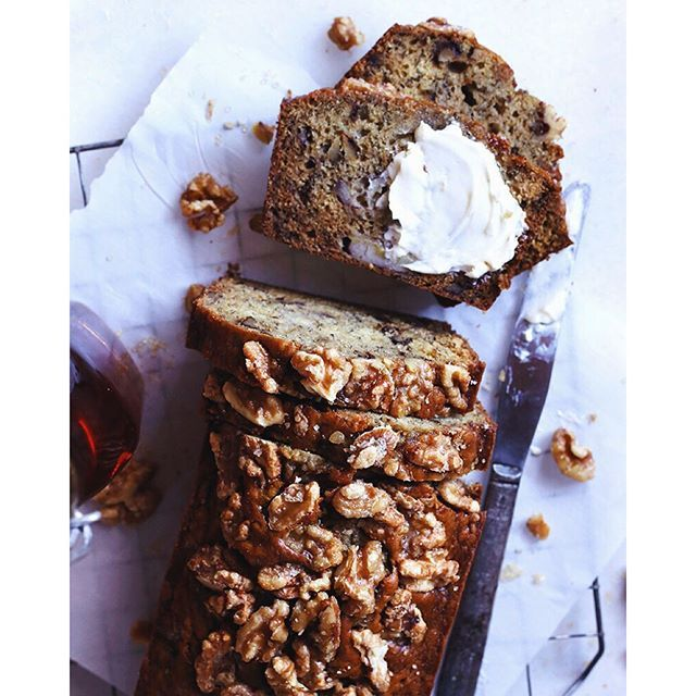 Bourbon Vanilla Banana Bread. Get this recipe and 25+ more at http://www.thefeedfeed.com/quick-breads #feedfeed