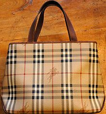 tote bag: Handbags Yves, Handbags Fendi, Bags Burberry, File Burberry Handbags Jpg, Burberry Prints, Fashion Accessories, Places, Fendi Handbags, While