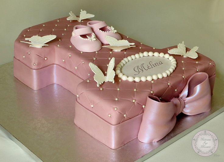 1 an, anniversaire, atelier pâte à sucre, cake design, chaussons bébé, formation, gateau 3D, gateau au chocolat, gateau chiffre, gateau desi...