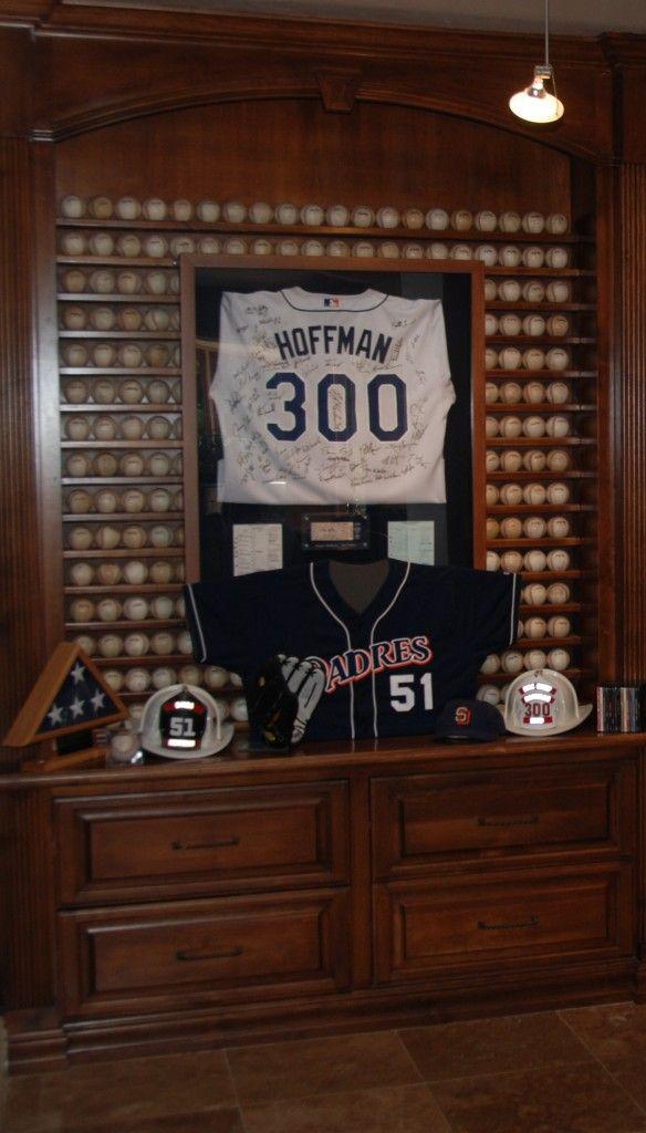 Tips For Displaying Your Baseball Memorabilia