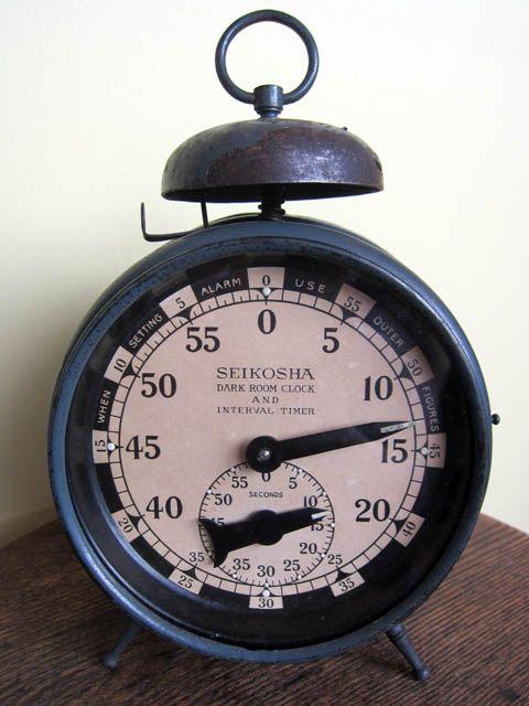 ヘソ形目覚 精工舎暗室時計 - アンティーク置時計
