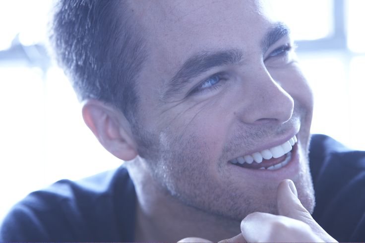 : Eye Candy, Chrispine, Beautiful Men, Celebrities, Celebs, Actor, Chris Pine, Smile, Beautiful People